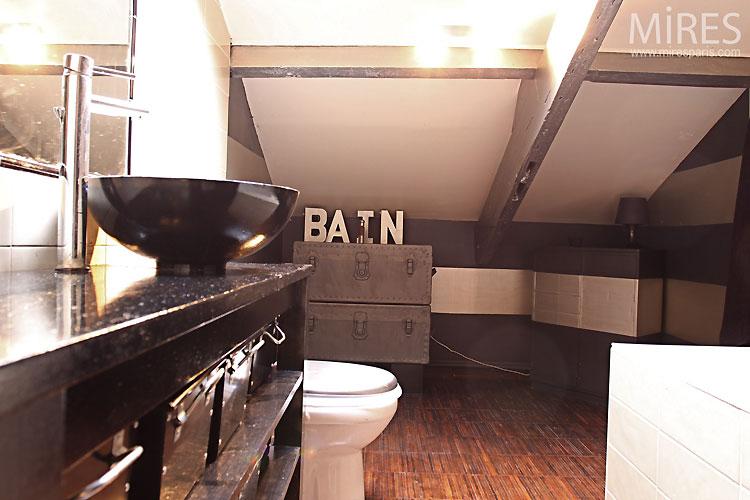 Salle de bains. C0511