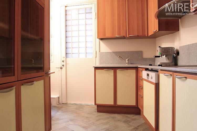 Petite cuisine. C0517