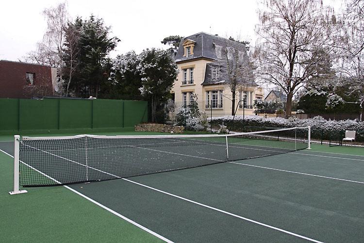 Tennis extérieur. C0472
