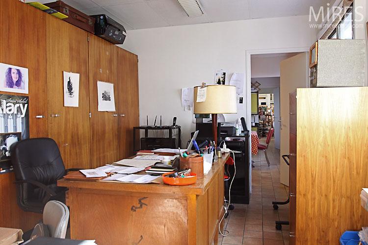 Petit bureau. C0422