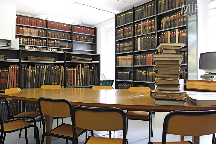 Salle des archives. C0438