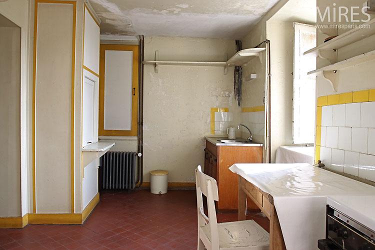 Vintage kitchen. C0443