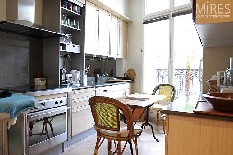 Petite cuisine. C0460