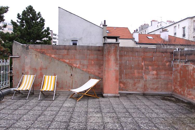 Terrasse et chaises longues c0522 mires paris for Chaises longues terrasse