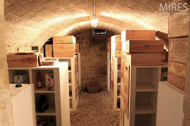 Home basement. C0532