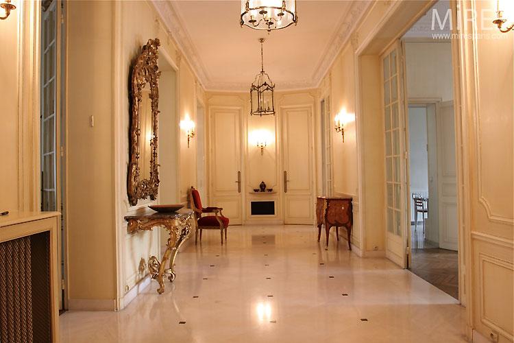 Grand couloir haussmannien c0401 mires paris for Salon haussmannien