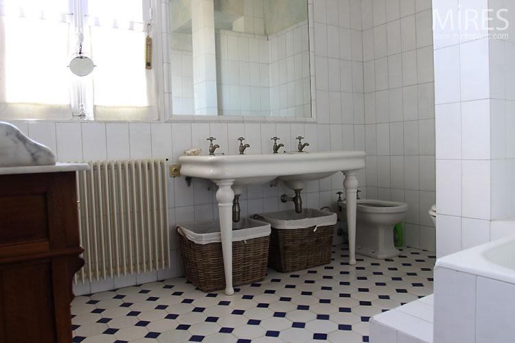 meuble de salle de bains rtro elyse. inspiration dco salle ...