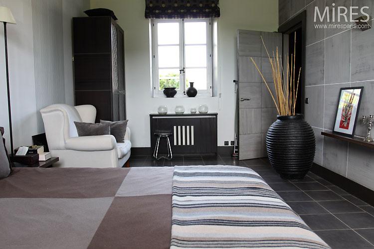 Chambre et salle de bains moderne. C0535 | Mires Paris