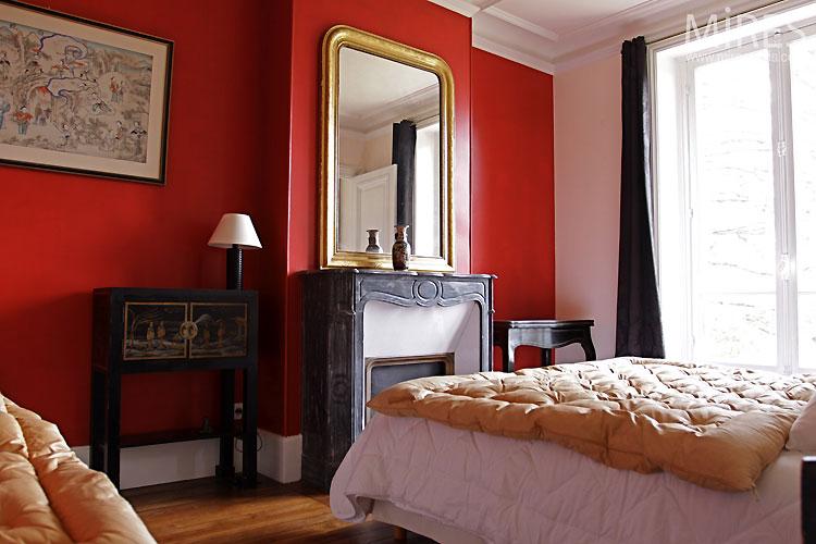 Red bedroom. C0158