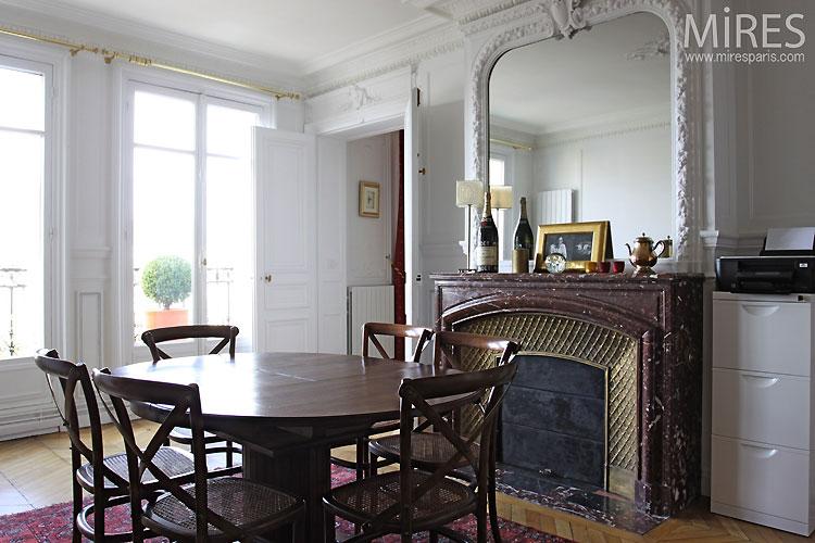 Dinning room. C0432