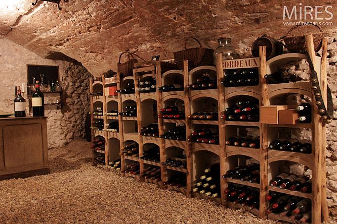 20 000 Vins sous la Terre.  C0294