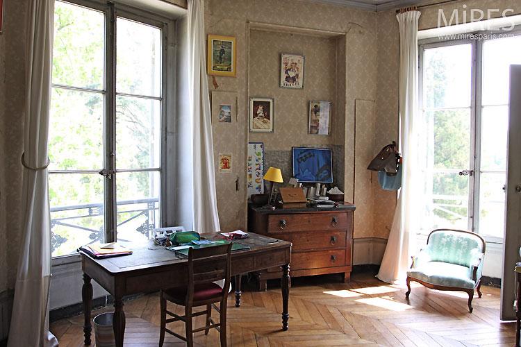 Chambre et bureau. C0333