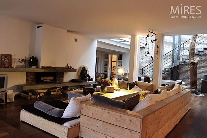 mur de brique et parquet brun c0021 mires paris. Black Bedroom Furniture Sets. Home Design Ideas