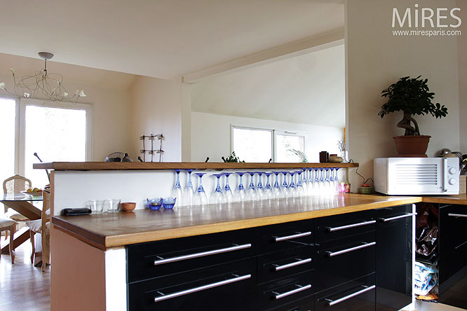 Cuisine et salle à manger. C0212
