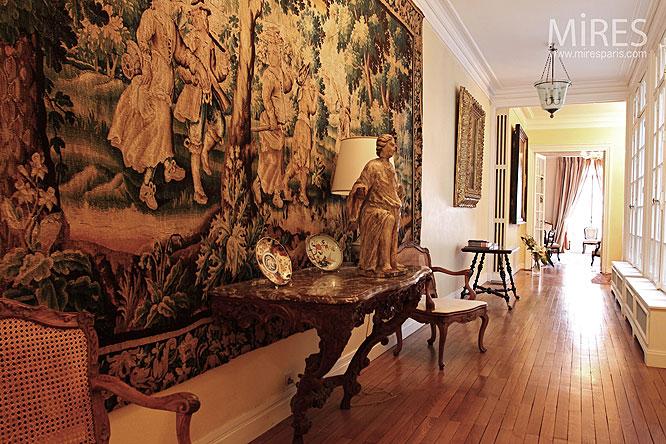Couloir aux dimensions royales. C0043