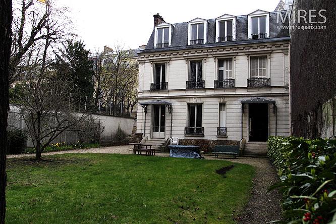 Hôtel particulier parisien. C0037