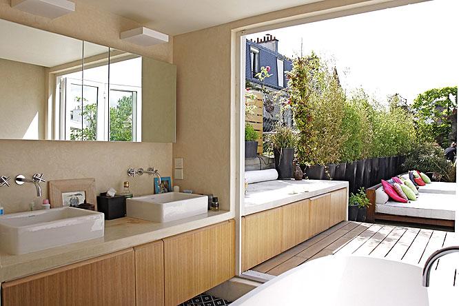 Salle d'eau sur terrasse. C0056