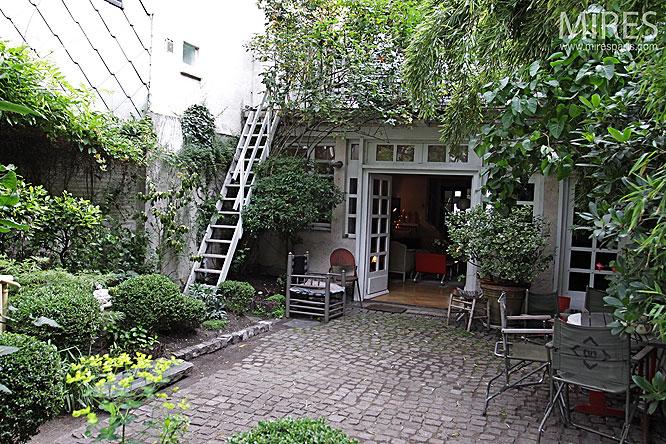 Terrasse arbor e c0076 mires paris for Piscine 18eme paris