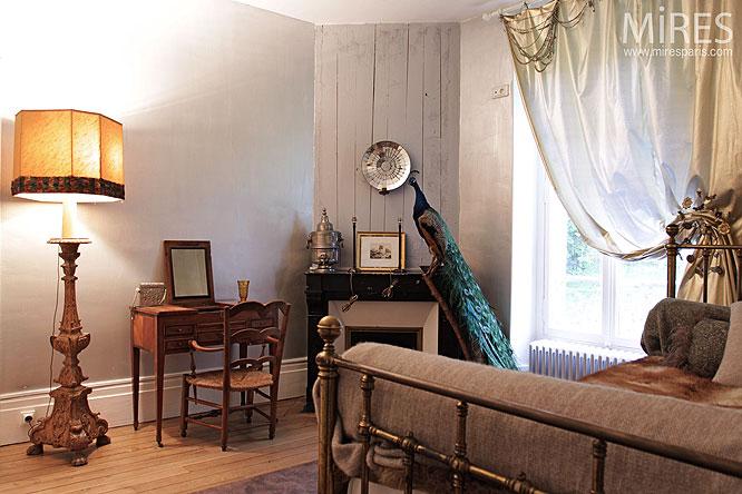 la chambre du paon c0120 mires paris. Black Bedroom Furniture Sets. Home Design Ideas