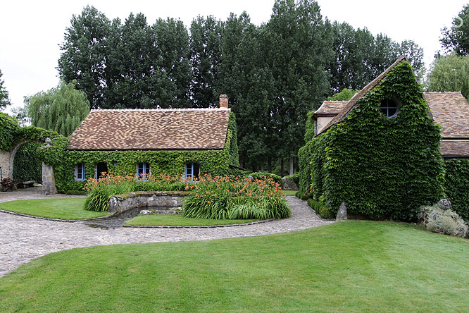 Ferme mires paris for Cottage campagne anglaise