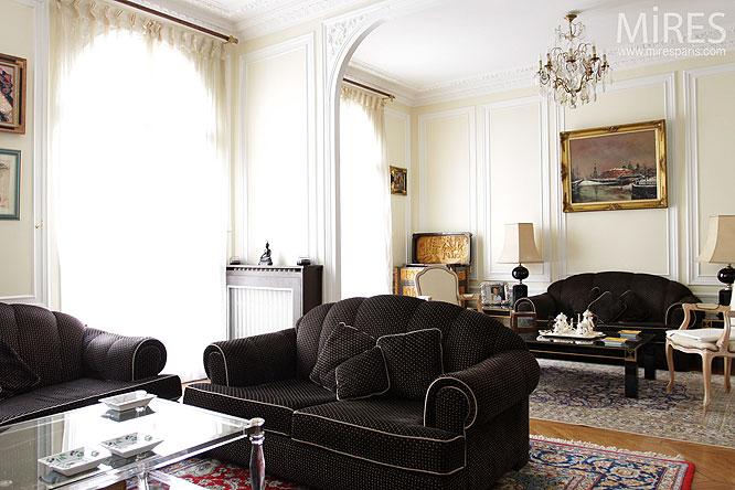 S jour haussmannien classique c0126 mires paris for Salon haussmannien