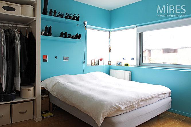 Chambre Bleu. Chambre Bleu Dore Chambre Bleu Marine Et Gris Chambre ...