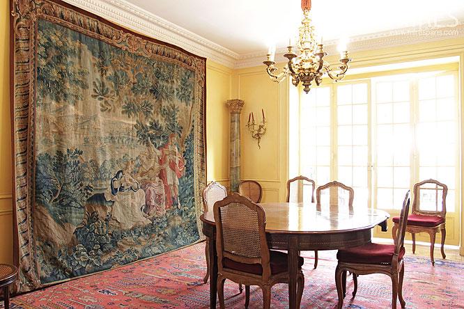 Diner et tapisserie flamande c0141 mires paris for Tapisserie salon