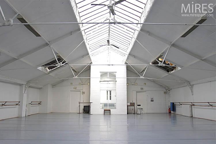 Salle de danse vide. C0164