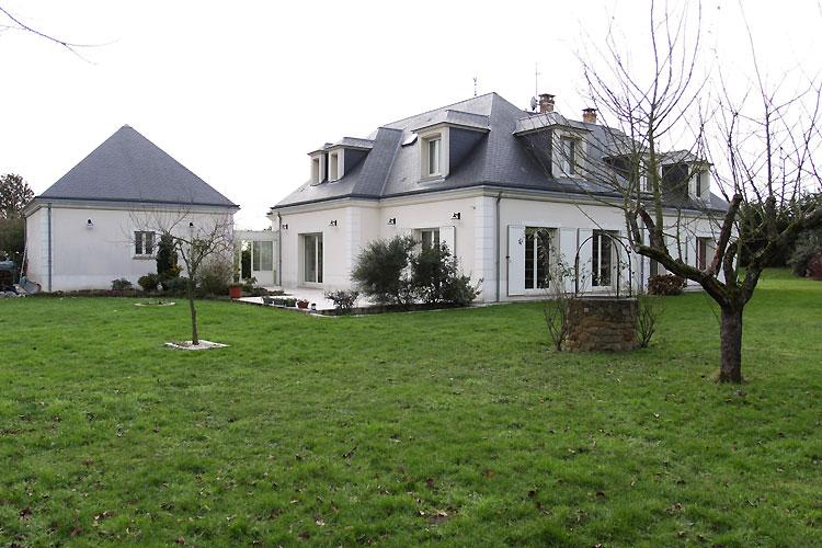 Maison contemporaine. C0484