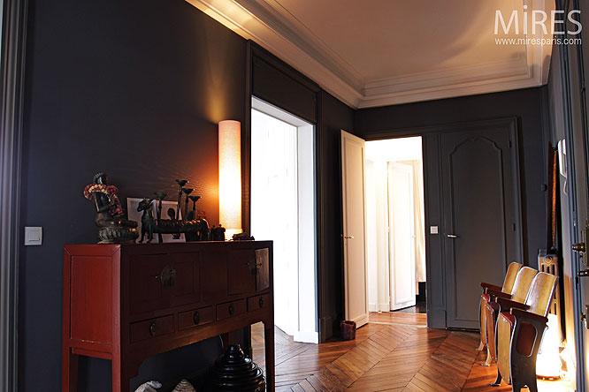 Vestibule sombre c0214 mires paris - Couleur couloir appartement ...