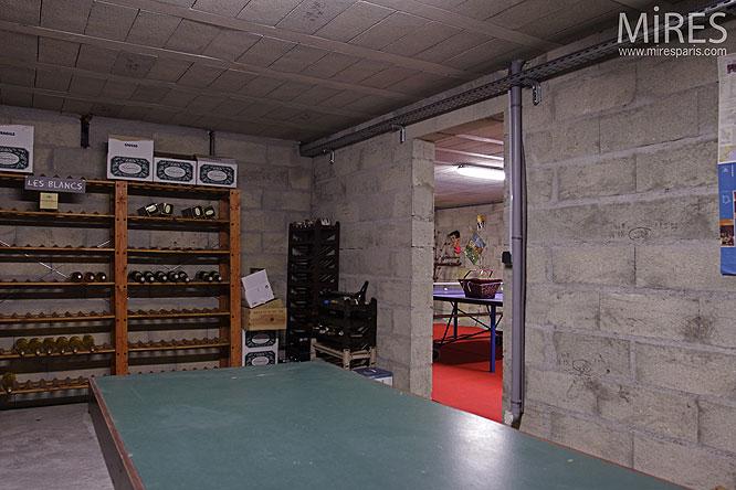 Cave 224 Vins C0134 Mires Paris