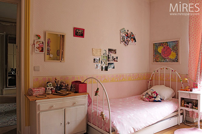Chambre d'enfant. C0199