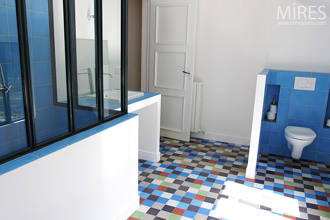 Bleu de bain c0267 mires paris for Carrelage multicolore cuisine
