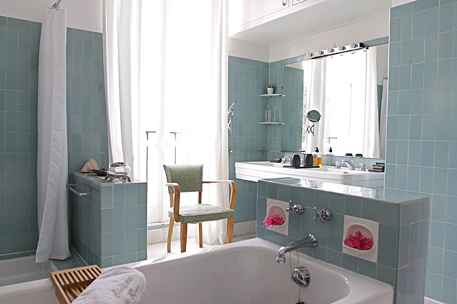 Beautiful Salle De Bain Vintage Bleu Contemporary - Amazing House ...