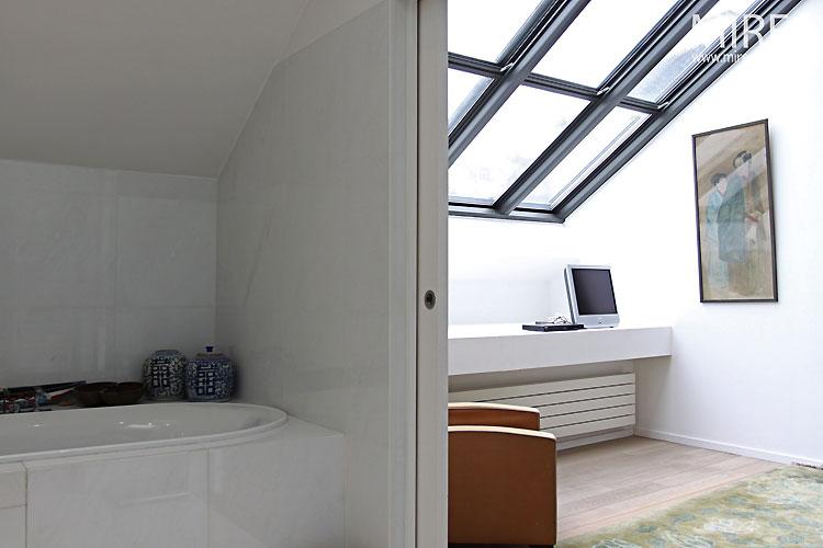 Chambre et lumière zénithale. C0328