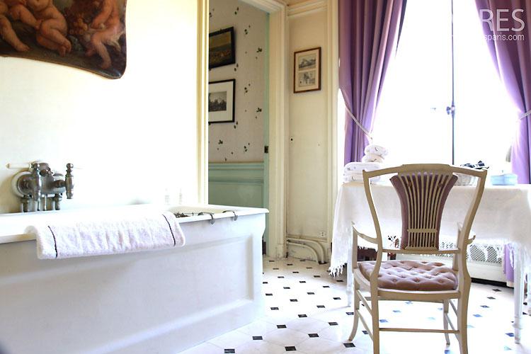 Salle de bains classique c0355 mires paris for Salle de bain classique