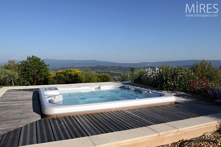 Jacuzzi with wonderful view. C0371