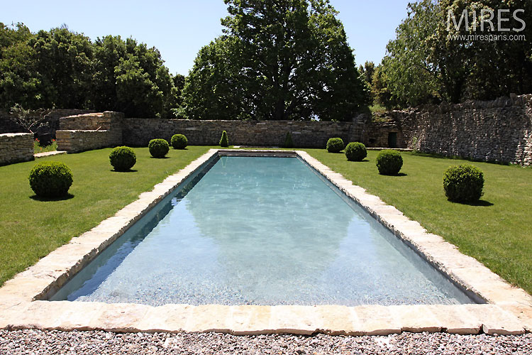 Piscine proven ale c0372 mires paris for Piscine 18eme paris