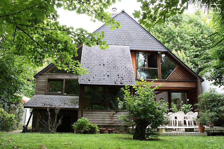 Maison en bois contemporaine. C0424