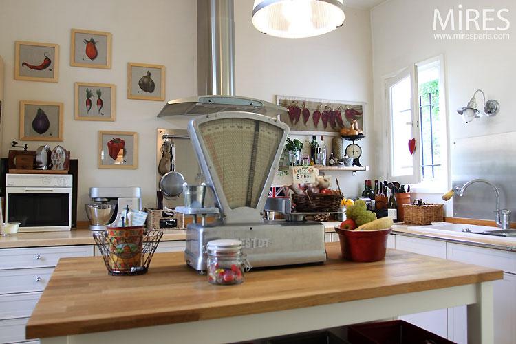 Cuisine familiale cr er une cuisine familiale un grand for Cuisine familiale