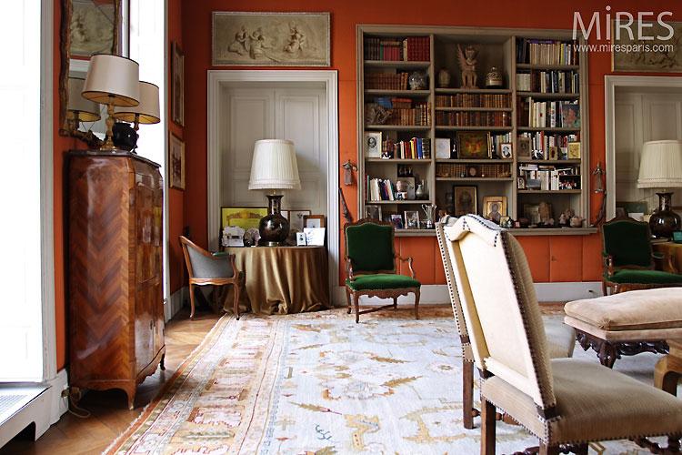 Séjour classique et tapisserie. C0467
