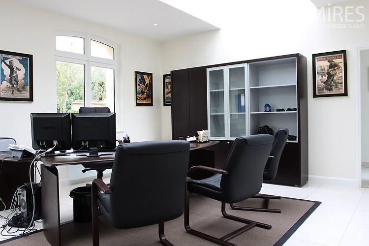 Bureau moderne c0459 mires paris for Bureau moderne