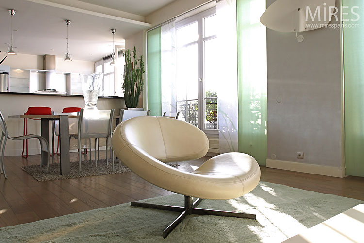 Open & contemporary lounge. C0482