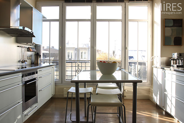 Moderne and open kitchen. C0482