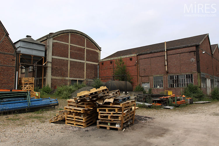 Factory and warehouses. C0546