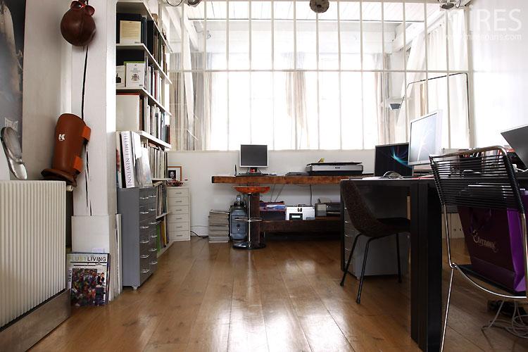 bureau et baie vitr e d atelier c0542 mires paris. Black Bedroom Furniture Sets. Home Design Ideas