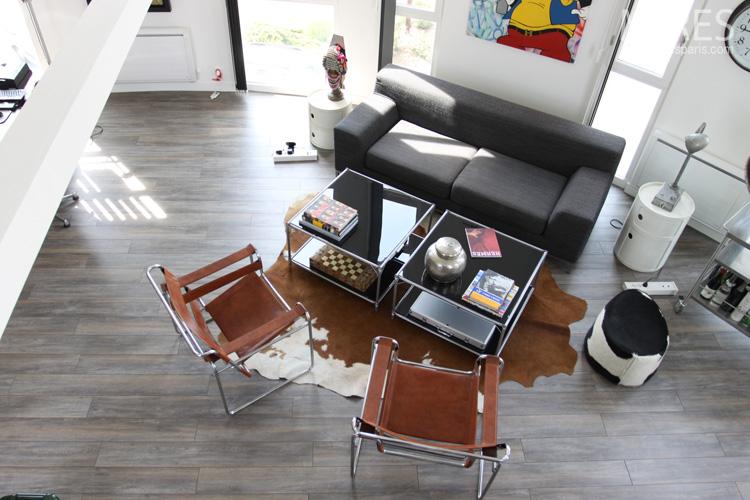 Un séjour moderne et éclectique. C0564