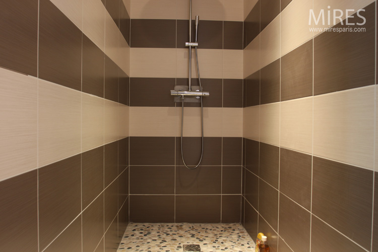 Bathroom striped beige brown. C0553  Mires Paris