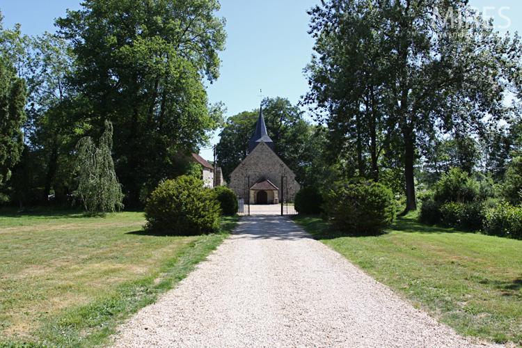 L'église du XIIe siècle. C0572