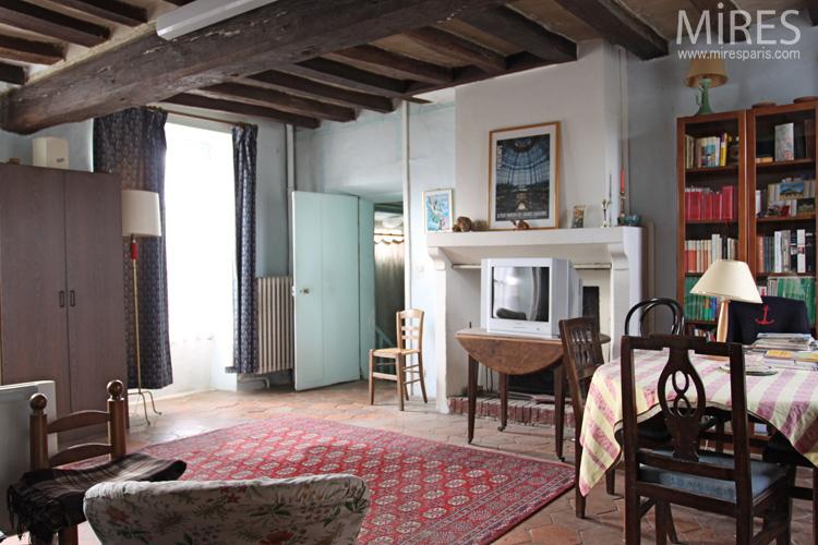 poutres et tomettes. c0660 | mires paris - Decoration Maison Avec Tomettes